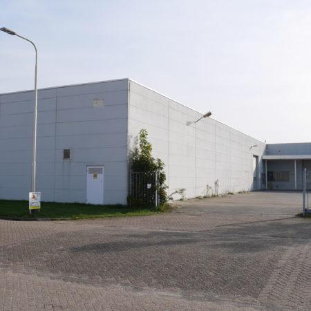 Foto 2 van de buitenzijde van de bedrijfsruimte aan de Boogschutterstraat (ong) te Tilburg