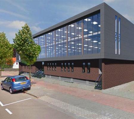 Deze moderne kantoorruimte ligt zeer prominent aan de ringbaan Oost 2 en heeft een hoge attentiewaarde